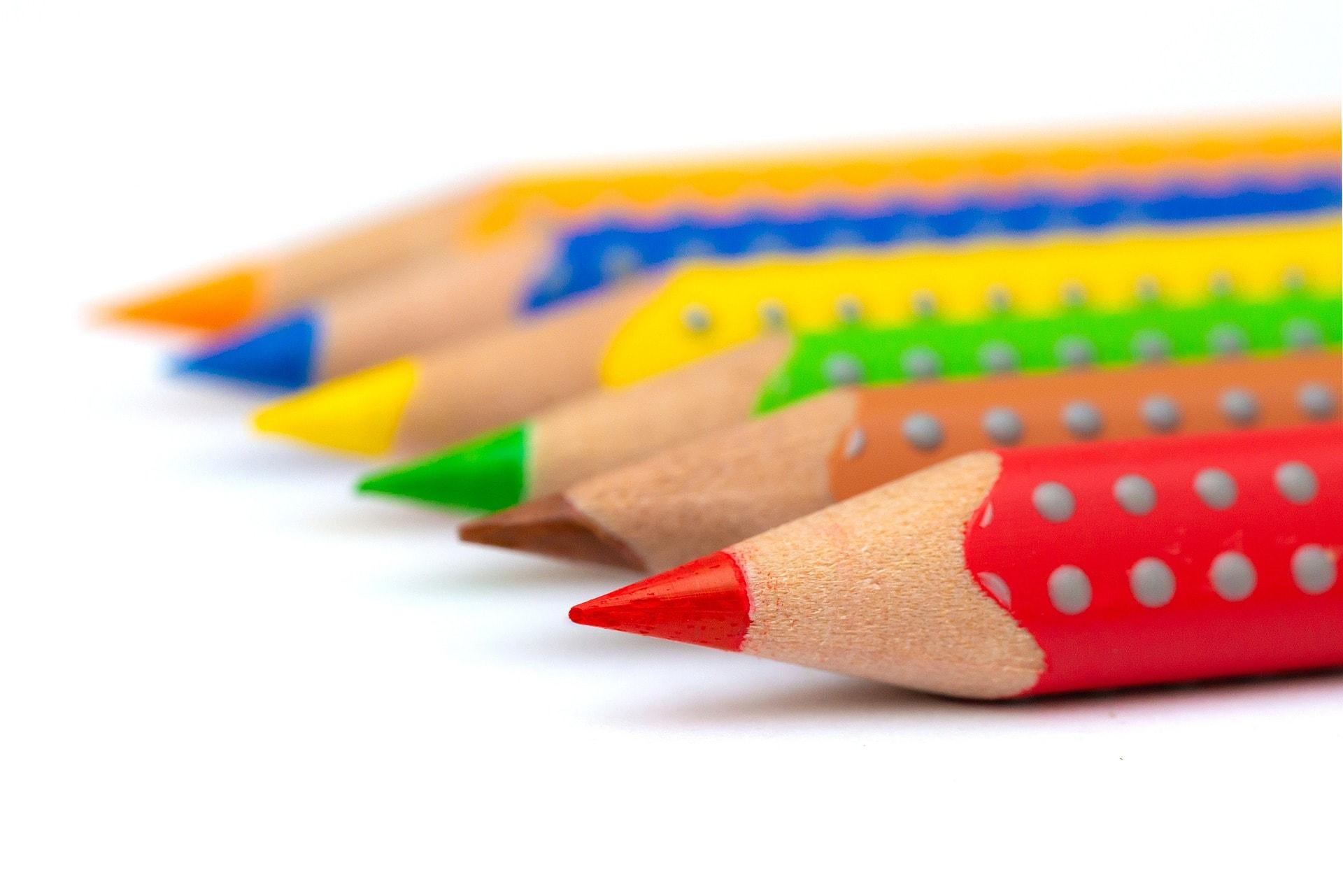 Quelle est la différence entre graphologie, graphopédagogie et graphothérapie ?