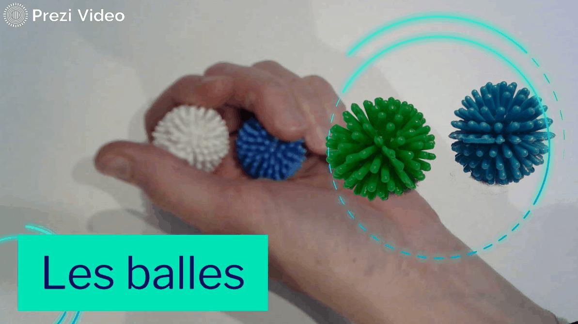Les balles - exercice de motricité fine permettant de travail en amont le mouvement des doigts, le réflexe de grasping afin de préparer l'intégration du geste d'écriture.